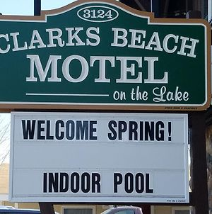 Clark'S Beach Motel photos Exterior