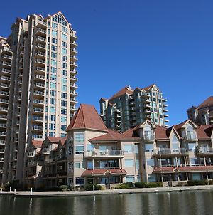 Sunset Waterfront Resort By Discover Kelowna Resort Accommodations photos Exterior