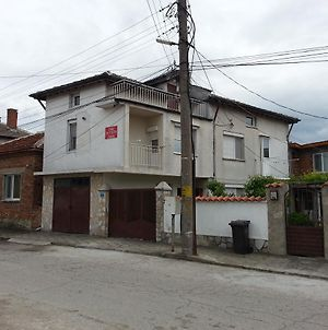 "Guest House ""Dimova"" photos Exterior"