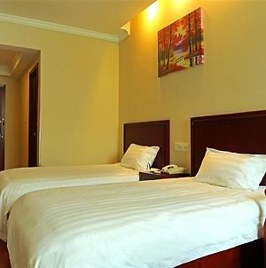 Greentree Inn Guangdong Guangzhou Dayuan Middle Road Foreigner College Express Hotel photos Exterior