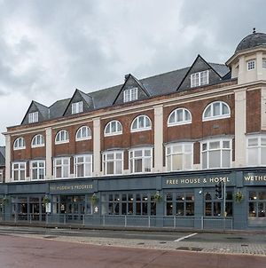 Pilgrims Progress Wetherspoon photos Exterior