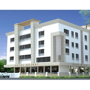 Hotel Gujrat photos Exterior