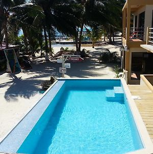 Alayna Ocean Views At The Club Caye Caulker photos Exterior