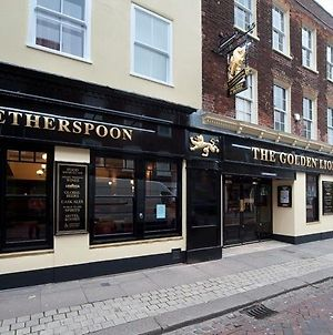 The Golden Lion Wetherspoon photos Exterior