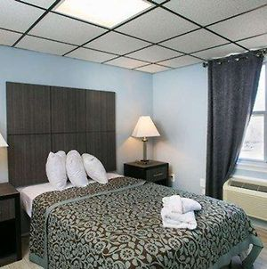 Econo Lodge Seaside Heights - Toms River East photos Room
