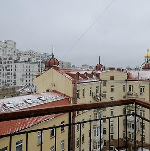 Kiev Accommodation Apart. On Mikhailovskiy Lane photos Exterior