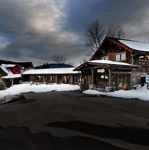 Adirondack Spruce Lodge photos Exterior