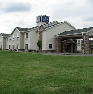 Cobblestone Inn & Suites - Ambridge photos Exterior