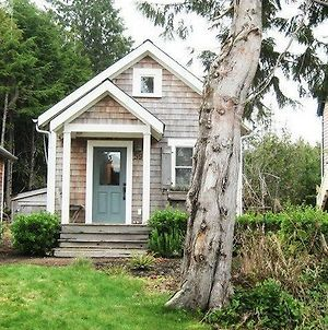 Slack Tide Two Bedroom Home photos Exterior