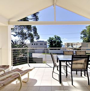 'Sandy Point Haven' 21A Sandy Point Rd Stylish Haven With Wifi Air Conditioning & Water Views photos Exterior