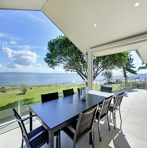 Stunning Waters Penthouse, Sandy Point Road, 46 photos Exterior