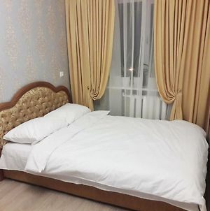 Two Room Apartment In The Centre Of Slavyansk photos Exterior