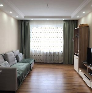 Comfortable Entire 4 Room Apartment photos Exterior