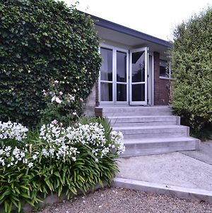 Sunny & Peaceful In Matua photos Exterior