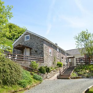 Charming Holiday Home In Llangurig With Garden photos Exterior