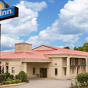 Days Inn By Wyndham Cleveland Tn photos Exterior