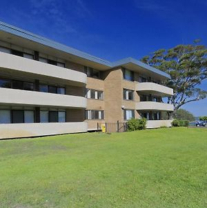 Right On The Sands At Little Beach And Walk To The Heart Of Nelson Bay photos Exterior