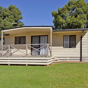 Cottage 20 - 3 Bedroom - Lake Hume Resort photos Exterior