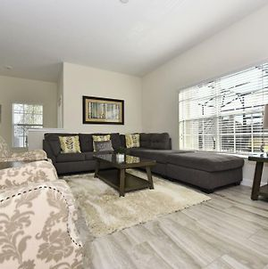 Spacious 5 Bed Townhome W Splash Pool Tvs In Every Bdrm Great Resort Amenities 1610 Townhouse photos Exterior