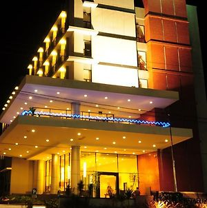 Aston Ketapang City Hotel photos Exterior