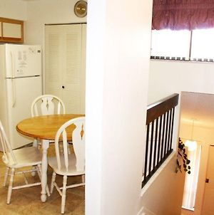 Beautiful 2 Bed 2 Bath Town Home In Ventura Country Club photos Exterior
