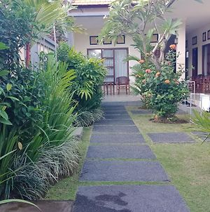 Purnama Guesthouse photos Exterior