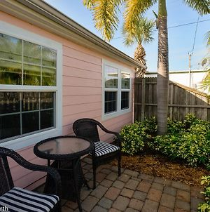 1 Bedroom - Flamingo Cottage Pets Waterfront District photos Exterior