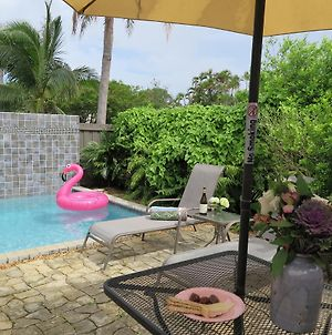 Four Wilton Flats One Bedroom Private Pool photos Exterior