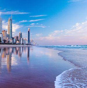 Queensland'S Tallest Resort Hamilton Avenue Surfers Paradise photos Exterior