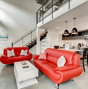 Beautiful 1 Bedroom Loft W 1.5 Baths photos Exterior