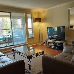 Fully Furnished 2 Bedrooms, 2 Baths Executive Rental photos Exterior