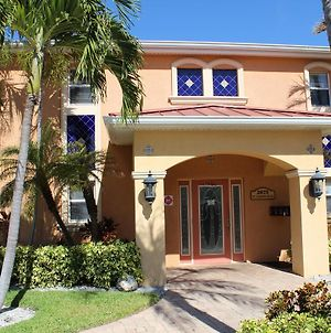 Cozy Conch At Coconut Villas Of Dunedin - Two Bedroom Condo photos Exterior