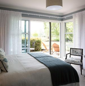 Revive On Oakview Boutique Accommodation And Spa photos Exterior