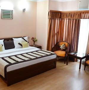1 Bedroom Boutique Stay In Dlf Phase 2, Gurgaon photos Exterior