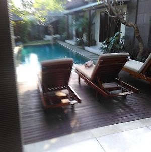 M & D Guest House Seminyak photos Exterior