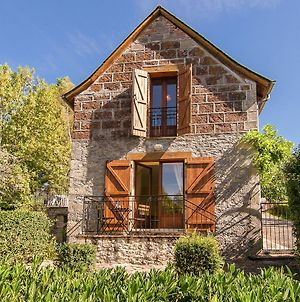 Cozy Cottage With Fenced Garden In Ayen photos Exterior