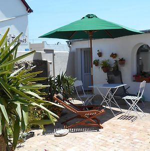 House With One Bedroom In Batz Sur Mer With Furnished Terrace And Wifi 3 Km From The Beach photos Exterior