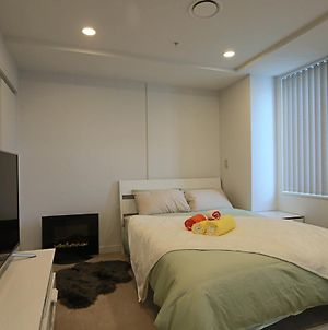 All You Need Cosy Studio Opposite Sky Tower photos Exterior
