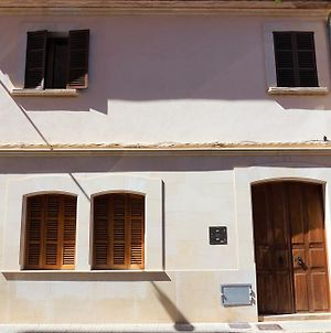 Born 23 - House With Pool In The Centre Of Lluchmayor. Free Wifi photos Exterior