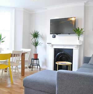 Fulham 5 Bedroom House photos Exterior