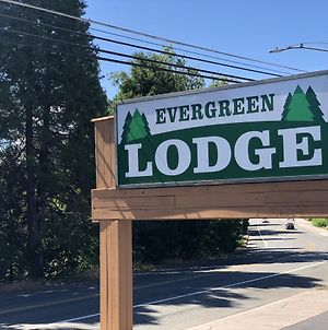 Evergreen Lodge photos Exterior