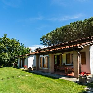 Cozy Farmhouse In Castiglion Fiorentino With Pool photos Exterior
