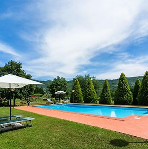 Beautiful Farmhouse With Swimming Pool Near Lake In Tuscany photos Exterior