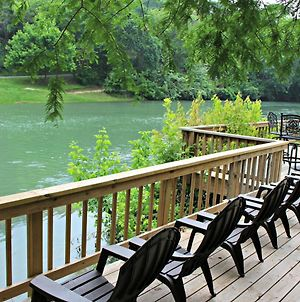 Guadalupe River Getaway Home photos Exterior