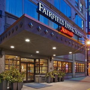 Fairfield Inn & Suites By Marriott Milwaukee Downtown photos Exterior
