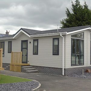 Hyattswood Lodges. Nr Brs/Airport photos Exterior