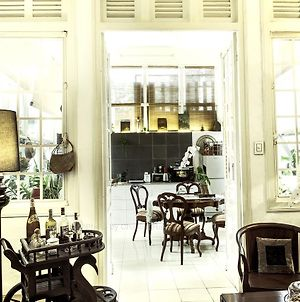 Authentic French Colonial Villa In Center Of Ho Chi Minh City photos Exterior