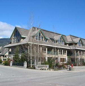 Twin Peaks Resort By Whistler Vacation Club photos Exterior