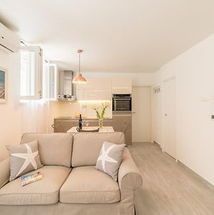 Apartment Nono Near The Beach With Parking photos Exterior