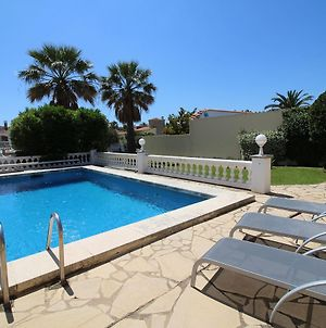 Cozy Holiday Home In Empuriabrava Spain With Private Pool photos Exterior